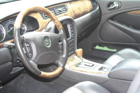 Dashboard mit Navi und ZF Getriebekasten - (Elektrik, Zustand Getriebe)