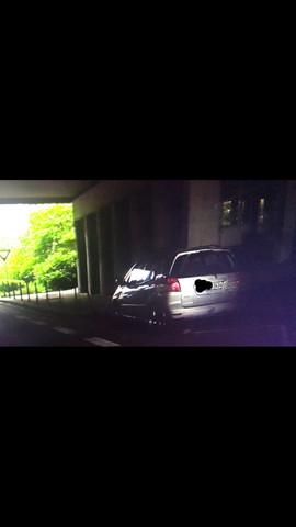 Das ist der wagen wie ich darauf gekommen bin.Ist das ein Blitzer auto? - (Blitzer, Polizei, Verkehrsrecht)